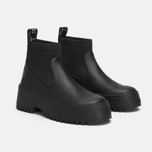 ZARA Sock Style Flat Ankle Boots With Lug Soles